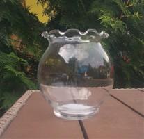 Fodros szélű üvegváza
