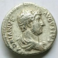 Hadrianus Római  Ezüstdénár  3.27gr;19mm.