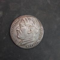 Adolf Hitler pártkancellár emlékérem,4,5 cm.átmérő!!!