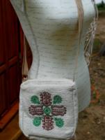 'KŐRÖSFŐI' - Kézműves kézzel szőtt, hímzett kistáska