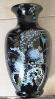 Dekoratív kerámia váza, 27 cm magas.Nem nemjelzett.
