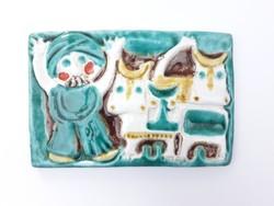 Sövegjártó Mária kerámia falikép - a török és a tehenek - mese jelenetes retro iparművész falidísz