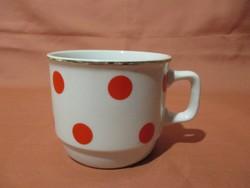 Piros pöttyös Zsolnay bögre, csésze