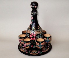 Régi vintage vintázs kézzel festett népművészeti fa tányér pohár kiöntő kínáló szett 8 db