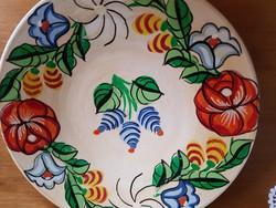 Kalocsai festett tányér falra