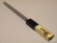 Levélbontó kés műgyanta díszes végű