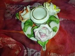 Antik, herendi gyertyatartó 3 rózsával.