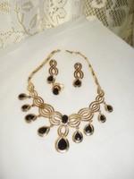 MERÉSZ  divat ékszer szett aranyozott nyaklánc, fülbevaló, gyűrű , ha szereted a feltűnést