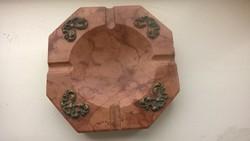 Szép márvány hamuzó hamutál díszítéssel