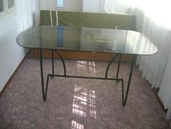 Étkező asztal - üveg lap, fém váz