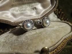 Ezüst fülbevaló valódi gyöngyökkel, apró cirkóniákkal,francia zárral ag925