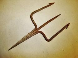 Antik kovácsoltvas szigony