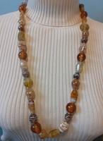 Dekoratív, hosszú üveg és lámpagyöngy nyaklánc