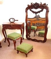 Gyönyörű Barokk Puttós ágy tükör pipere asztal szék puff
