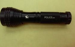 Retro Police elemlámpa a 90-es évekböl