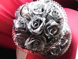 Ezüst csillámos csiptetős romantikus rózsa karácsonyfadísz