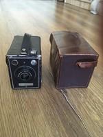 Régi Kodak box fényképezőgép tokjában, használati útmutatójával