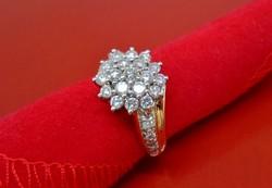 Nagyméretű 1.34ct brill köves 18kt-os  arany gyűrű