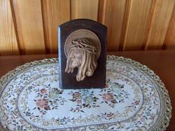 Gyönyörű Krisztus fej, fa faragvány, asztalon álló