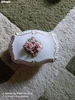 Rózsás bonbonier