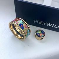Eredeti FREY WILLE 18K arany medál és aranyozott gyűrű tűzzománccal