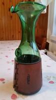 Zöld üveg, rátétes kancsó, bőrbevonattal eladó!