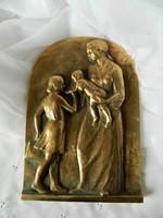 Anya gyermekeivel  réz kisplasztika