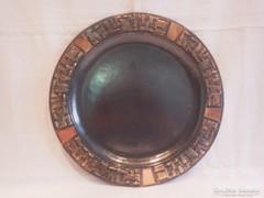 Szilágyi Ildikó fémműves iparművész bronz tál