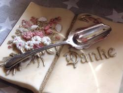 Antik ezüst vagy ezüstözött kanálka