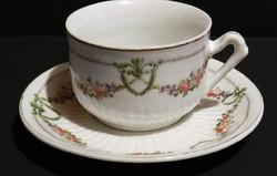 Antik girlandos,bordázott teás csésze szett, ritka gyűjtői darab