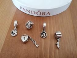 Pandora charmok