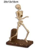Öntöttvas csontváz- feltámadt csontváz a sírból