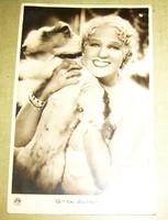 Alpár Gitta foxival régi képeslap