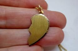 Gyönyörű fél szíves aranyozott ezüstnyaklánc