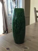 Régi tömör zöld bakelit váza