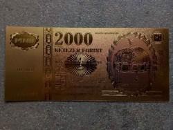 Gyönyörű arany színű plasztik dísz Millennium 2000 Forint / id 9712/