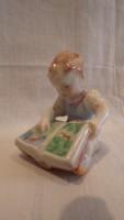 Herendi porcelán mesekönyvet lapozgató lány szobor