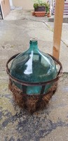 Antik 50literes üvegballon fém kosárral.