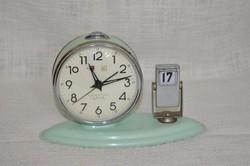 Öröknaptáras asztali ébresztő óra