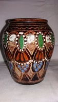 Felvdéki (süvétei) vékonyfalú népi kerámia váza