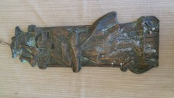 Nagyméretű bronz relif 1 Ft-ról