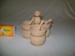 Asztali fűszertartó kis lapátkákkal - só, bors, paprika, fogvájó tartó fából
