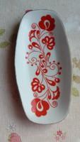 Zsolnay piros mintás porcelán tálka eladó!