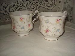 Paragon porcelán teáscsésze bő 2 dl-es nagyon szép állapotban eladó