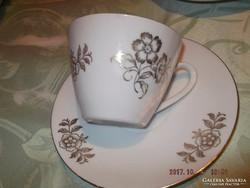 Aranyozott virágos csésze jó 1 dl