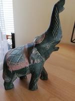 Régi fa faragás-elefánt