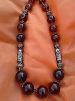 Orosz préselt borostyán nyaklánc tibeti ezüst szerelékkel  201 gramm  1005 ct  59 cm