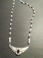 Különleges antik ezüst gránát gyöngy nyakék