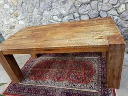Rusztikus bukk asztal