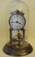 Forgó Ingás mechanikus asztali óra, porcelán-számlapos. 1920 - 1930. Németországi óraműhelyből.